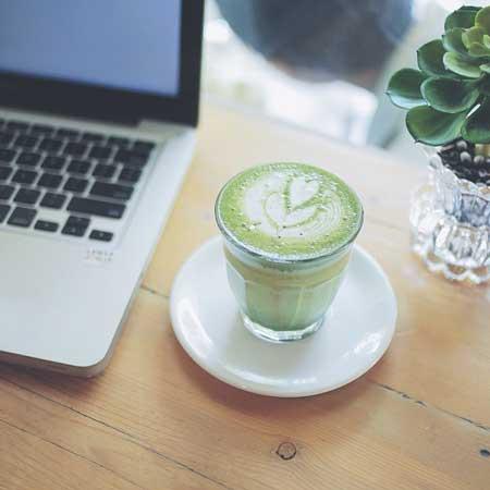 Rekomendasi Kedai Kopi Terbaik Di Jogja - Menu Awor Gallery & Coffee