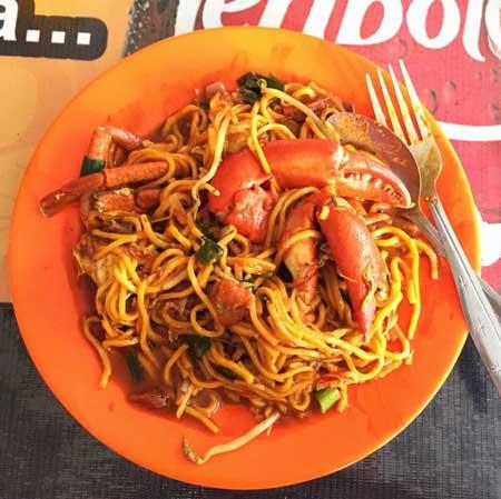 Tempat Makan Yang Enak Dan Murah Di Medan - Menu Mie Aceh Titi Bobrok