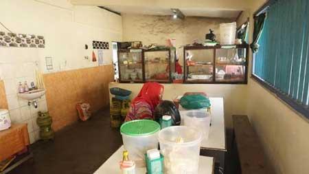 Tempat Wisata Kuliner Di Jogja - Brongkos Bu Rini