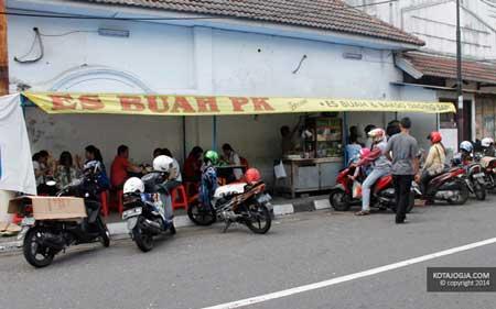Tempat Wisata Kuliner Di Jogja - Es Buah PK