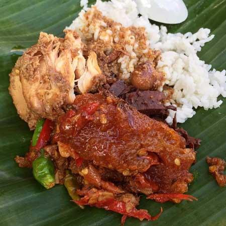 Tempat Wisata Kuliner Di Jogja - Menu Gudeg Mbah Lindu