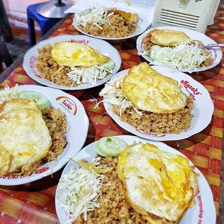 Tempat Wisata Kuliner Di Jogja - Menu Nasi Goreng Beringharjo