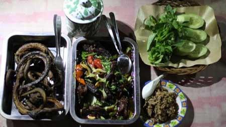 Tempat Wisata Kuliner Di Jogja - Menu Sambel Welut Pak Sabar