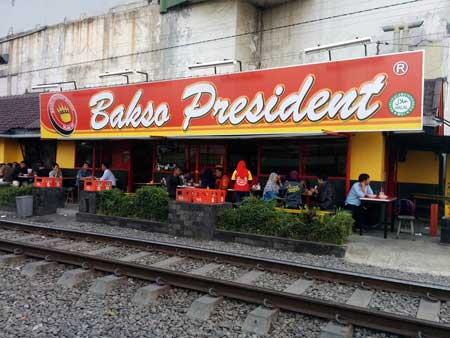 Tempat Wisata Kuliner Di Malang - Bakso President
