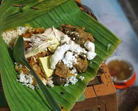 Tempat Wisata Kuliner Di Solo - Nasi Liwet Wongso Lemu