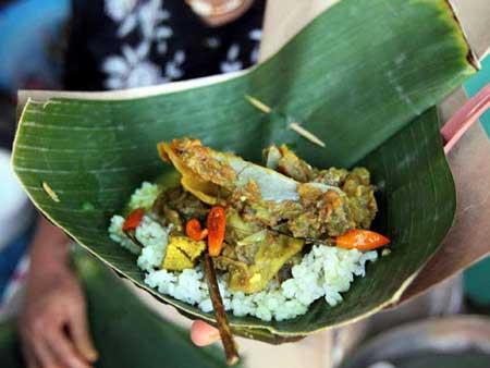 Tempat Wisata Kuliner Di Solo - Tengkleng Bu Edi