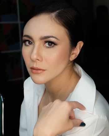 Artis cantik Indonesia blasteran