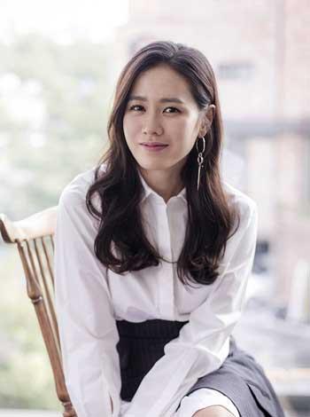 20 Gaya Rambut Ala Artis Korea Yang Modis Ini Bisa Kamu Tiru Lho Blog Unik