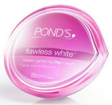 Produk Kosmetik Pond's Lengkap Dengan Harga - Pond's Flawless White Visible Lightening Day Cream SPF 18 PA ++