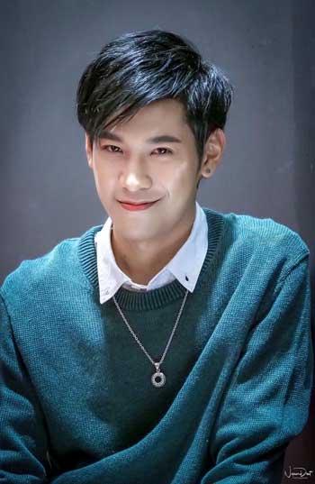 Aktor Thailand Paling Ganteng - Prachaya Ruangroj