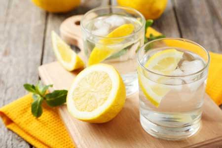 Cara Mengatasi Sembelit Secara Alami - Air Lemon