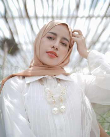 Aksesoris hijab