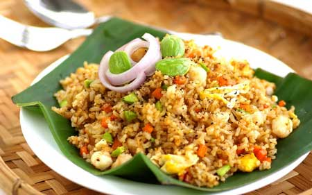 Jenis Nasi Goreng Yang Ada di Indonesia - Nasi Goreng Kornet