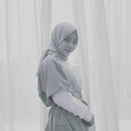 Komika Wanita Indonesia Terlucu - Boah Sartika