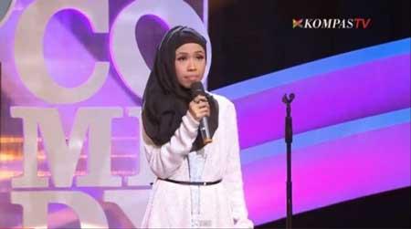 Komika Wanita Indonesia Terlucu - Sri Rahayu