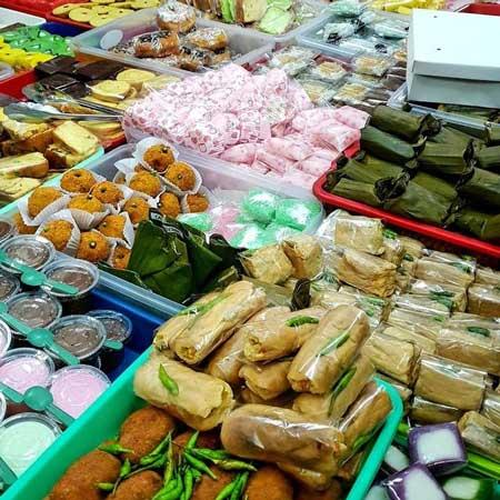 Menu Wajib Buka Puasa Di Indonesia - Jajanan Pasar
