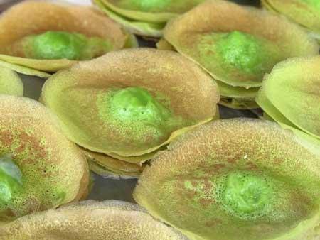 Nama Makanan Indonesia Yang Lucu - Kue Tete