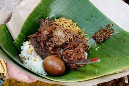 Nama Makanan Indonesia Yang Lucu - Nasi Kucing