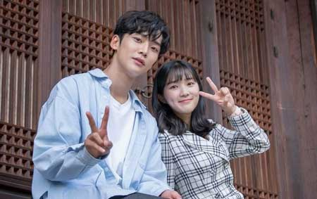Pasangan Drama Korea Yang Paling Serasi - Kim Hye Yoon dan Rowoon