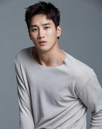 Pemeran Antagonis Drama Korea Yang Paling Ngeselin - Jang Geun Won