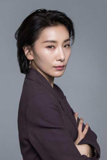 Pemeran Antagonis Drama Korea Yang Paling Ngeselin - Kim Seo Hyung