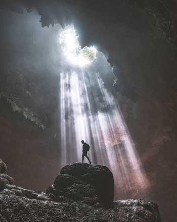 Tempat Wisata Alam Terbaik Di Jogja - Goa Jomblang