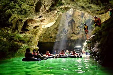 Tempat Wisata Alam Terbaik Di Jogja - Goa Pindul
