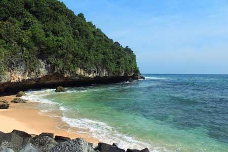 Tempat Wisata Alam Terbaik Di Jogja - Pantai Sadeng