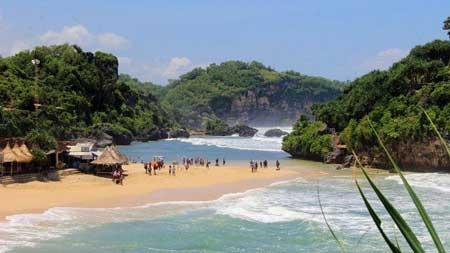 Tempat Wisata Alam Terbaik Di Jogja - Pantai Watu Kodok