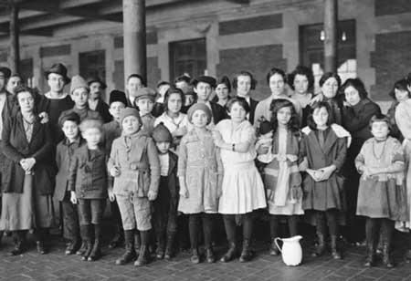 Keluarga Dengan Jumlah Anak Terbanyak Di Dunia - Yakov Kirillov