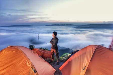 Tempat-Wisata-Terbaik-Di-Subang-Bukit-Pamoyanan