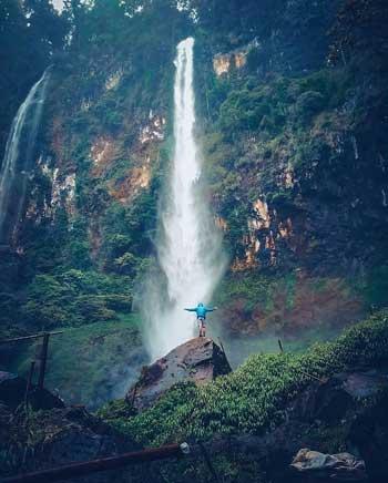 Tempat-Wisata-Terbaik-Di-Subang-Curug-Cileat-Subang