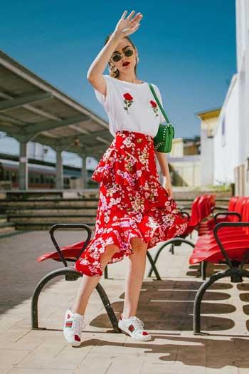 Inspirasi Motif Pakaian Casual Wanita - Motif floral