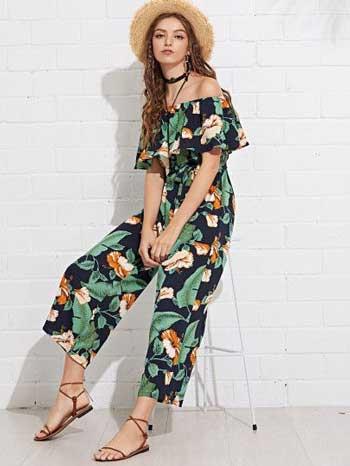 Inspirasi Motif Pakaian Casual Wanita - Motif tropical print