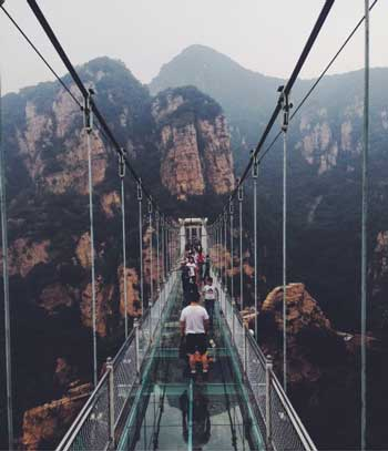 Jembatan Kaca - Tianyun Mountain Glass Bridge