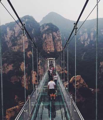 Jembatan Kaca - Tianyun Mountain Glass Bridge