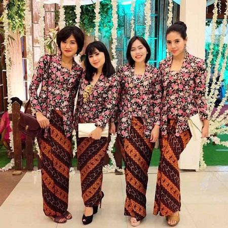 Nama Kelengkapan Pakaian Adat Jawa Tengah - Batik