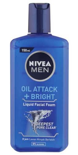 Sabun Cuci Muka Pria Terbaik - Nivea Men Oil Attack + Bright Liquid Facial Foam