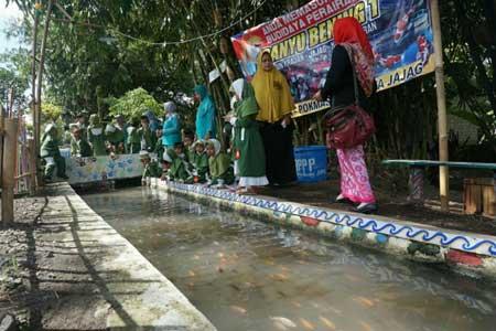 6 Kampung di Indonesia Berhasil Mengubah Selokan Kotor - Dusun Krajan