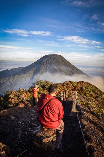 Gunung Di Indonesia Dengan Pemandangan Yang Indah - Gunung Gede