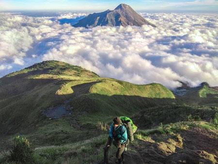 Gunung Di Indonesia Dengan Pemandangan Yang Indah - Gunung Merbabu