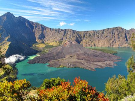 Gunung Di Indonesia Dengan Pemandangan Yang Indah - Gunung Rinjani