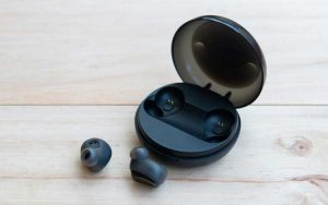 Headset Bluetooth Terbaik Dibawah 1 Juta
