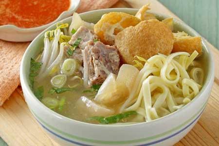 Makanan Khas Sunda Yang Lezat - Mie Kocok Bandung