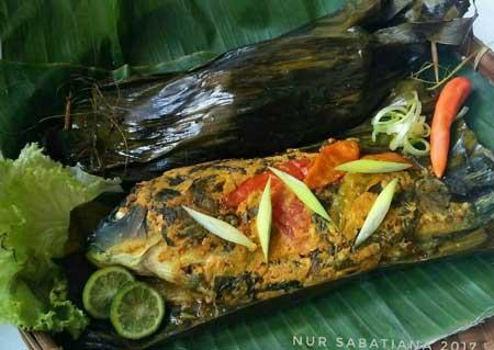 Makanan Khas Sunda Yang Lezat - Pepes Ikan