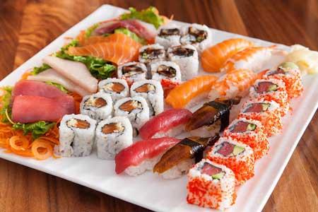 Makanan Terlezat Di Dunia - Sushi