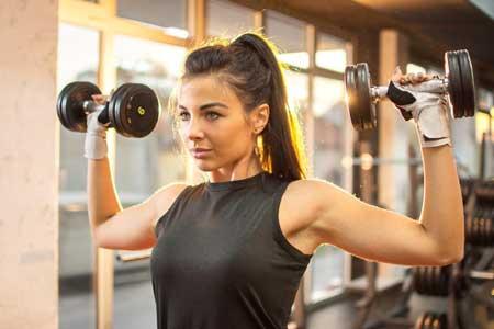 Olahraga Yang Bagus Untuk Kesehatan Jantung - Angkat Beban
