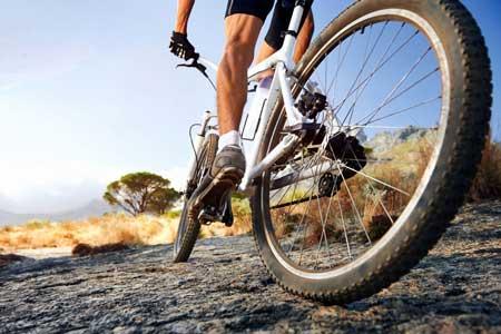 Olahraga Yang Bagus Untuk Kesehatan Jantung - Bersepeda