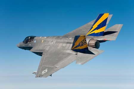 Pesawat Tempur Termahal Di Dunia - F-35C Lightning II