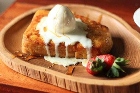 Resep Kreasi Roti Panggang Yang Mudah Dan Lezat - Roti panggang topping es krim